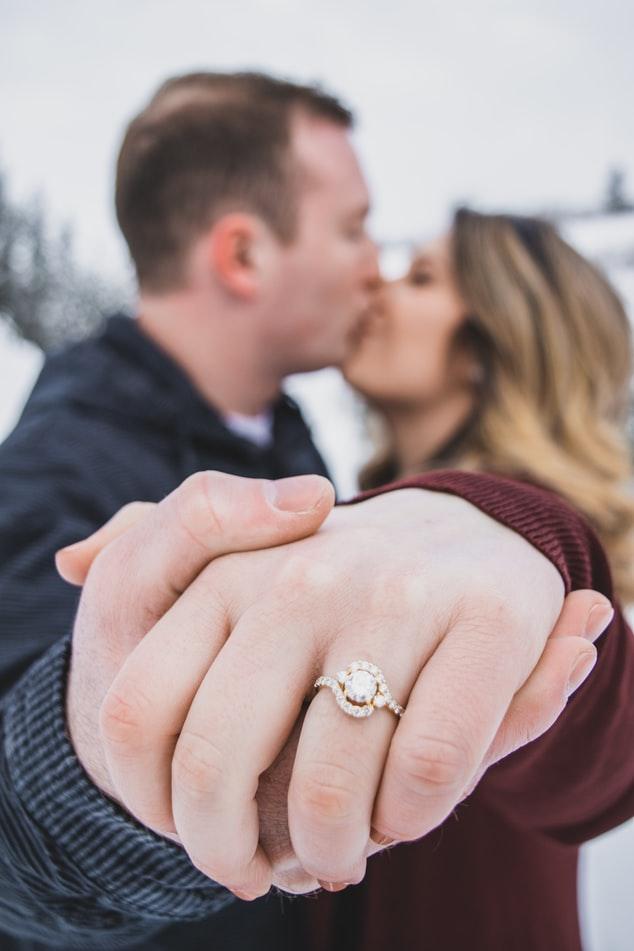 oryginalne pierścionki zaręczynowe